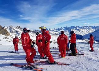 """Simon Egger, Ausbildungsleiter beim Tiroler Skilehrerverband: """"Es muss alles viel schneller gehen in der heutigen Zeit."""""""