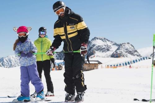 Skilehrer für die ganze Familie